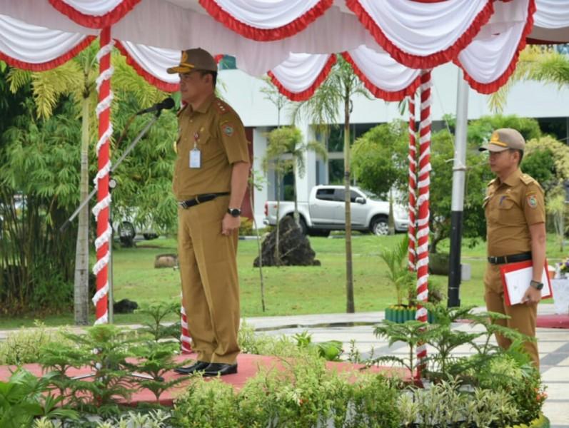 Sekda Kalteng Fahrizal Fitri saat menghadiri kegiatan pelatihan dasar CPNS.