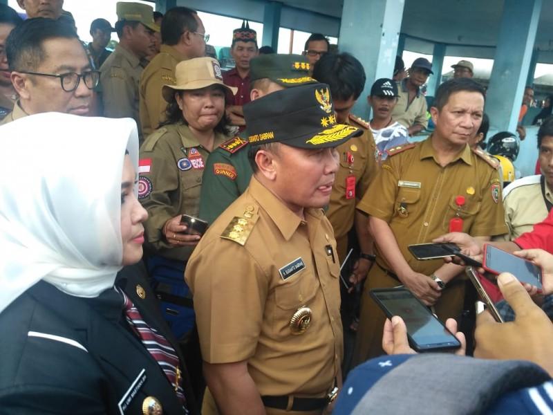 Gubernur Kalteng Sugianto Sabran saat memberikan keterangan kepada awak media.