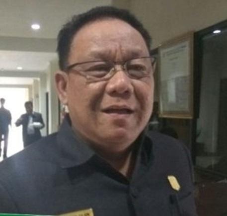 Ketua DPRD Mura Gad F Silam