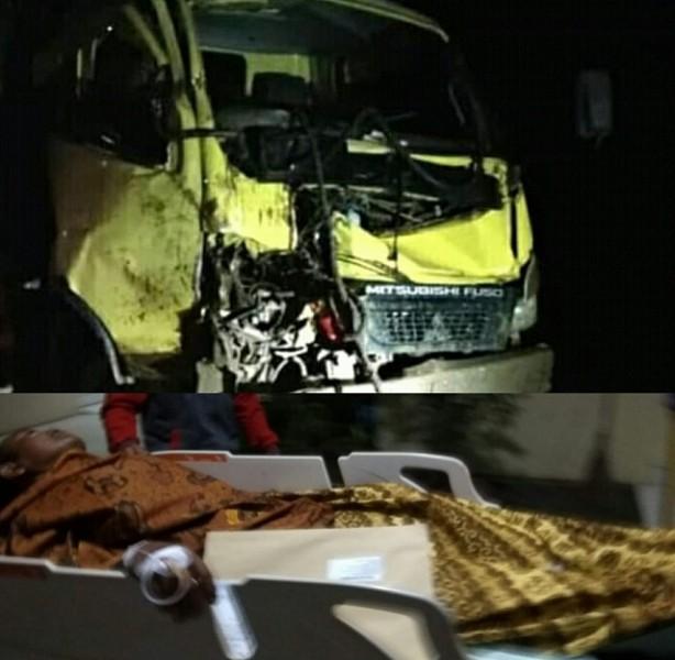 truk saat kecelakaan. sementara sopir ketika dievakuasi ke RSUD Imanuddin Sabtu (27/4) malam.