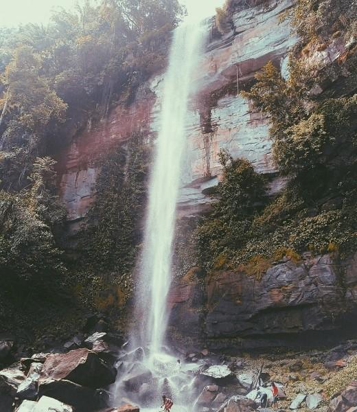 Eksotis suasana objek wisata air terjun di Desa Takajung Kabupaten Mura.