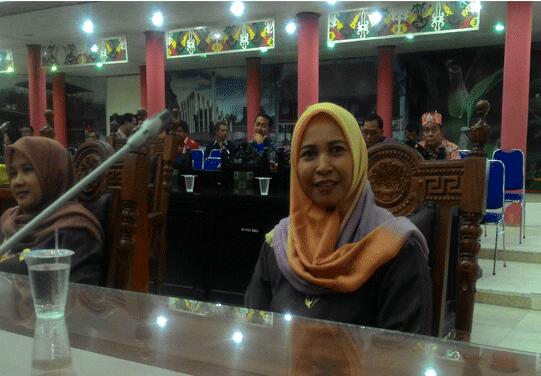 Anggota DPRD Kota Palangka Raya Hj Mukarrammah