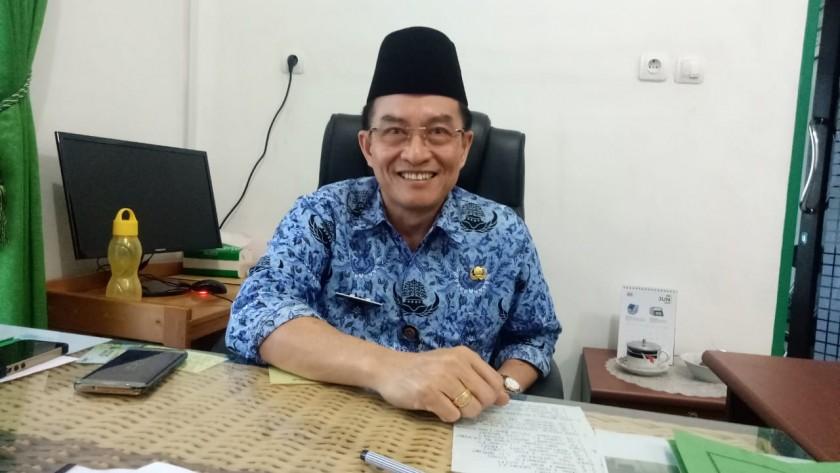 Kepala DLH Katingan Hap Bapperdo, Senin (1/7/2019) diruang kerjanya