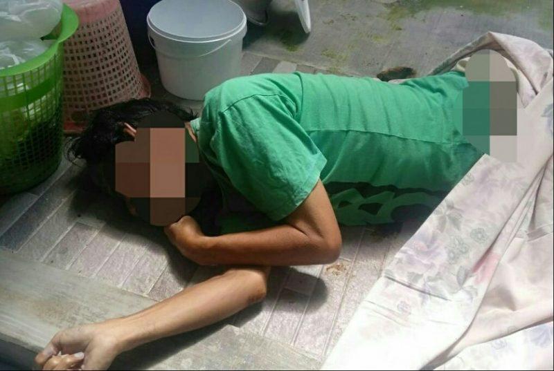 Jasad korban saat tergeletak tewas di depan kamar mandi Rabu (17/7/2019).