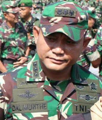 Kapendam XII/Tpr, Kolonel Inf Aulia Fahmi Dalimunthe saat memberikan keterangan kepada awak media.