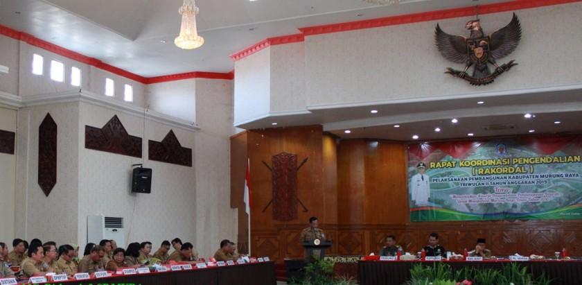 Undangan yang hadir sedang serius mendengarkan pemaparan sambutan dalam Rakordal yang dilaksanakan di Aula GPU Tira Tangka Balang, Selasa (16/7/2019).