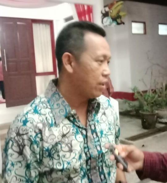 Anggota DPRD Mura Johansyah saat memberikan keterangan kepada awak media.