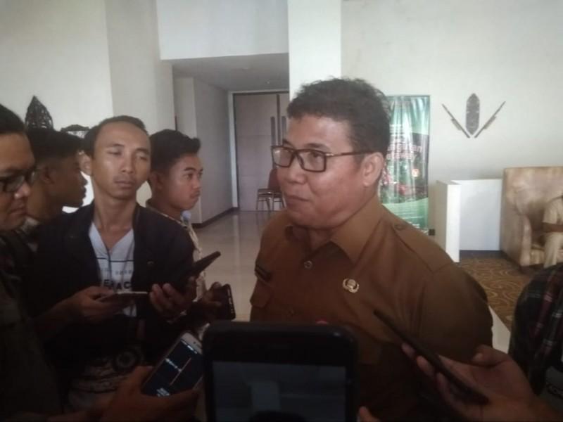 Kepala DP3A P2KB Kobar Abdul Wahab saat memberikan keterangan kepada awak media, Selasa (6/8/2019).