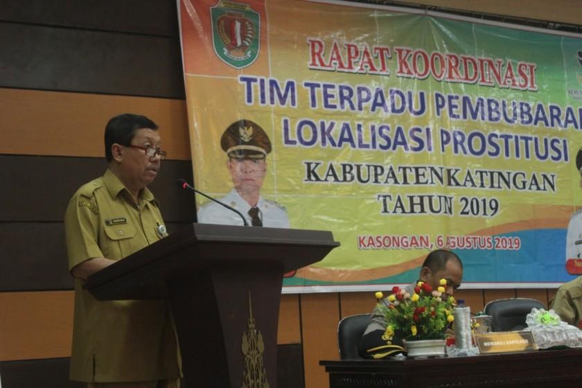 Sekda Kabupaten Katingan Nikodemus saat menyampaikan sambutannya dikegiatan rakor Selasa (6/8/2019).
