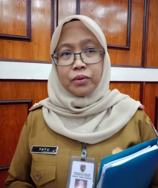 Direktur RSUD Doris Sylvanus Palangka Raya Yayu saat memberikan keterangan kepada awak media Senin (19/8/2019).