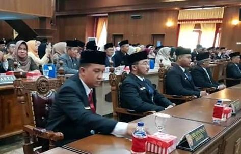 Anggota DPRD Kobar Rizky saat menghadiri rapat paripurna dewan baru-baru ini.