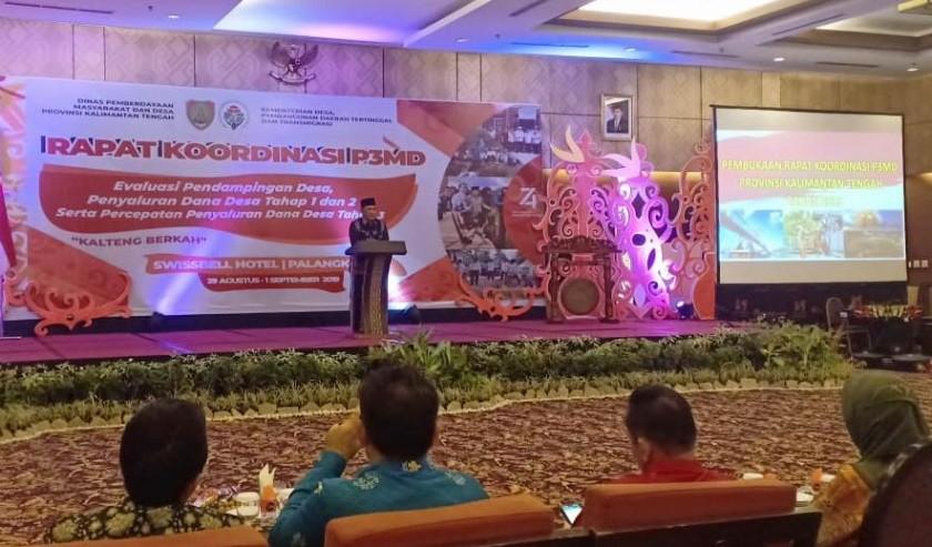 Sekda Kalteng Fahrizal Fitri saat menyampaikan sambutannya ketika membuka kegiatan Rapat Koordinasi P3MD di Ballrom Swisabell Hotel Danum,  Jumat (30/8/2019).