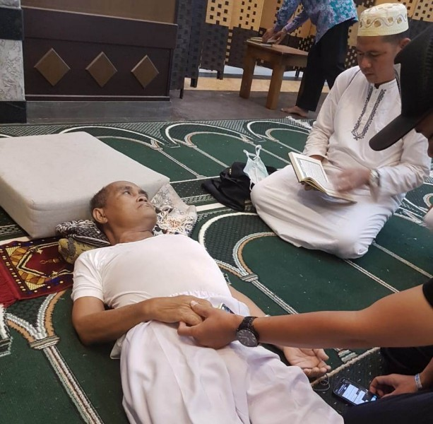 Almarhum saat mengalami sesak napas sebelum akhirnya meninggal dunia, Sabtu (31/8/2019).