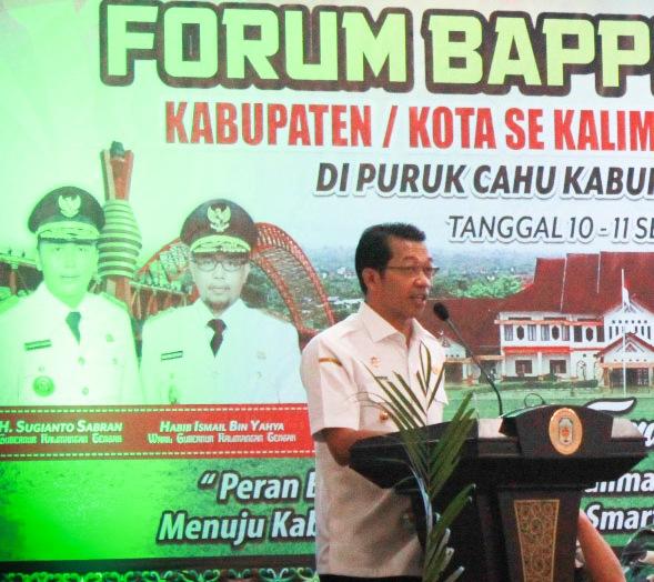 Bupati Mura Perdie M Yoseph saat menyampaikan sambutannya dikegiatan Forum Bappedalitbang Rabu (11/9/2019).