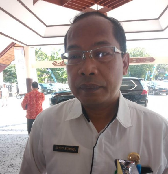Kadinkes Kalteng Suyuti Syamsul saat memberikan keterangan kepada awak media.