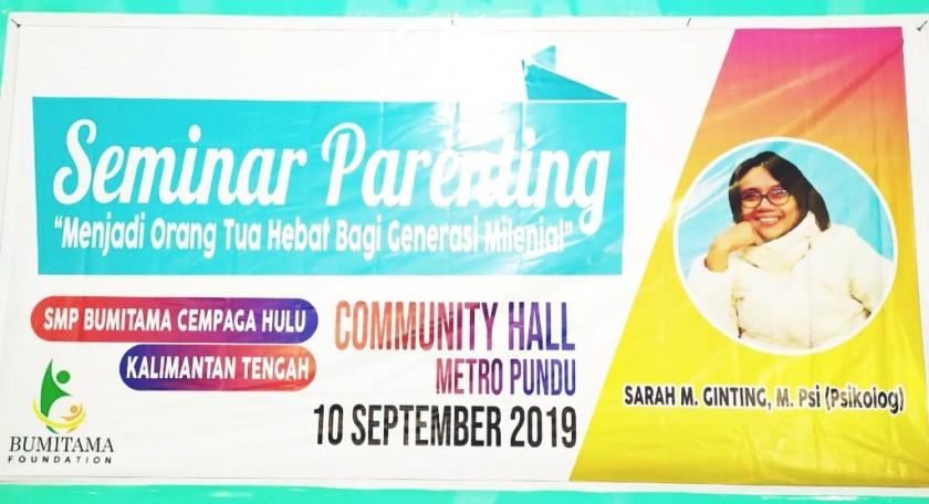 Seminar Parenting SMP Bumitama Cempaga Hulu.