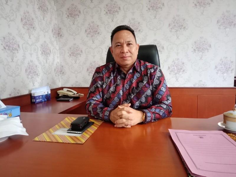 Ketua DPRD Mura Doni SP saat memberikan keterangan kepada Kalteng Ekspres.com Jumat (20/9/2019).