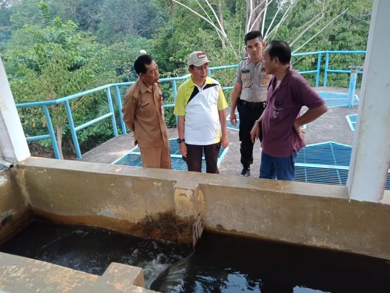 Wabup Mura Rejikinoor saat meninjau WTP PDAM Puruk Cahu Selasa (24/9/2019).