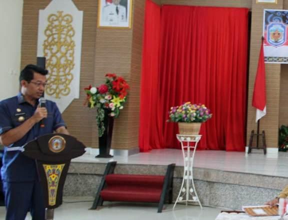 Bupati Mura Perdie M Yoseph saat menyampaikan sambutannya.