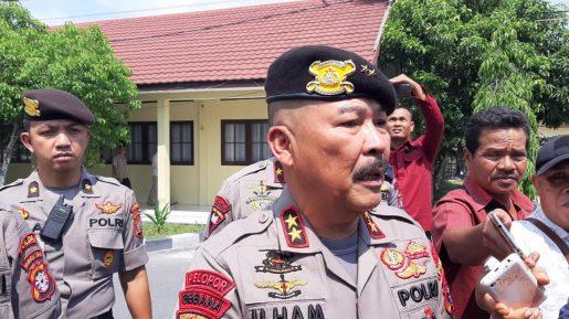 Kapolda Kalteng Irjen Pol Ilham Salahudin saat memberikan keterangan kepada awak media, Selasa (22/10/2019).