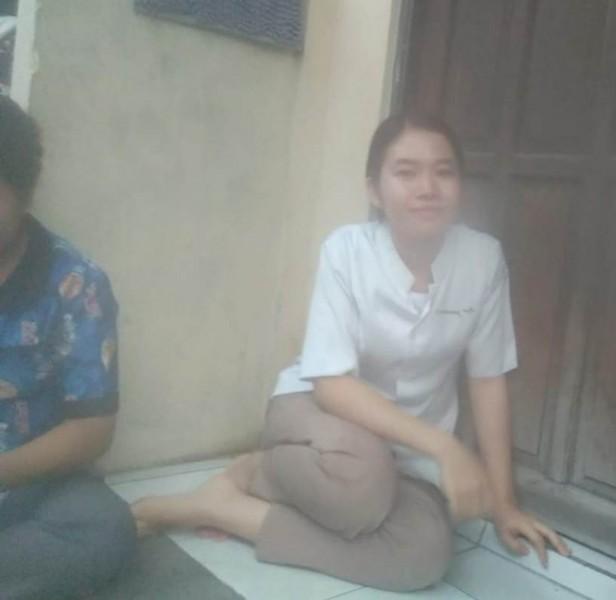 Korban saat menceritakan kejadian pencurian yang dialaminya kepada Kalteng Ekspres.com Rabu (2/10/2019).