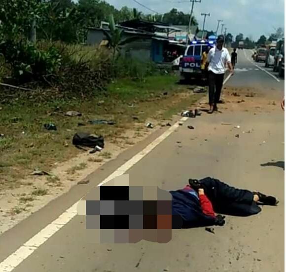 IST- Jasad korban saat tergeletak di lokasi kejadian Sabtu (5/10/2019).