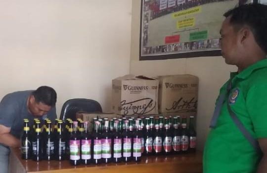 Miras yang diamankan di Kantor Satpol PP Kobar Selasa (8/10/2019).