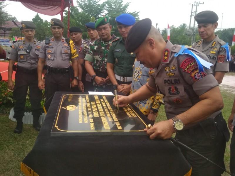 Kapolda Kalteng Irjen  Pol Salahuddin saat meresmikan Polres Palangka Raya menjadi Polresta Kamis (31/10/2019).