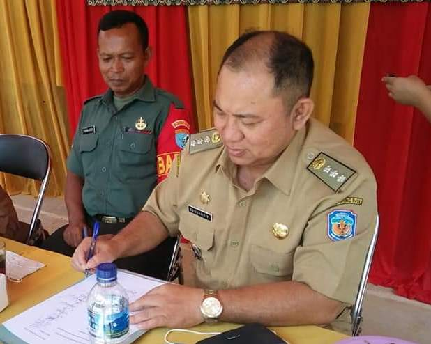 Camat Murung Banjang Jalin saat menghadiri sosialisasi pilkades belum lama ini.