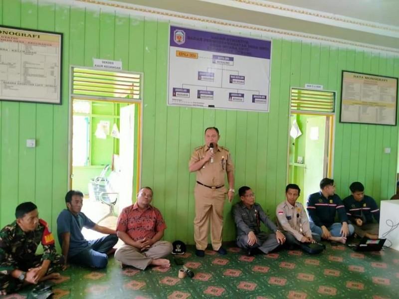 Camat Murung Banjang Jalin saat menyampaikan sambutannya Rabu (13/11/2019).