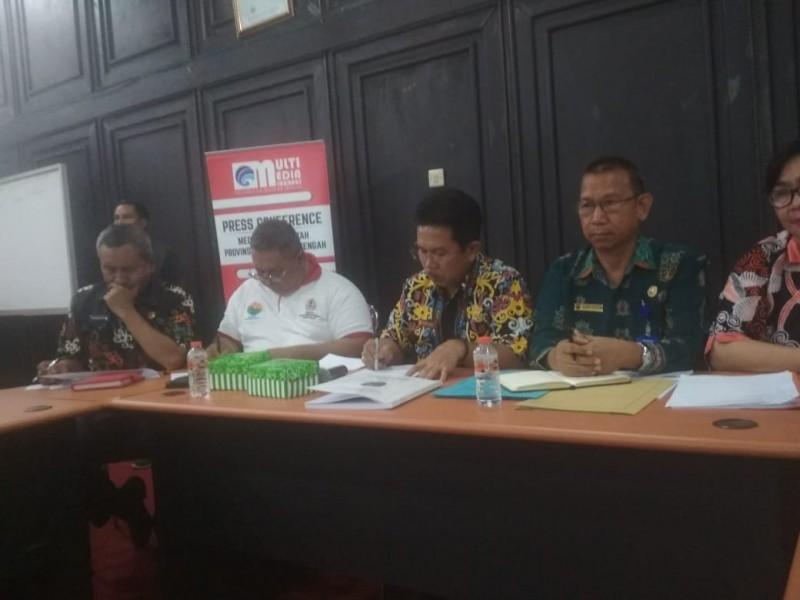 Kadisnarkertran Provinsi Kalteng Syahril Tarigan saat memberikan keterangan kepada awak media Jumat (1/11/2019).