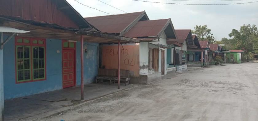 Eks lokalisasi di KM 19 Desa Hampalit sepi aktivitas warga karena ditinggal para PSK Sabtu (2/11/2019).