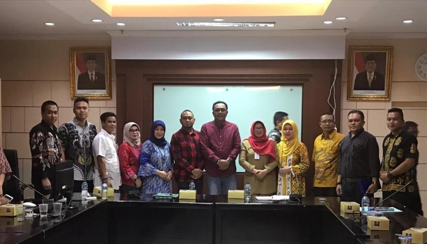 Para anggota legislatif DPRD Kota Palangka Raya saat menggelar kunjungan kerja daerah.