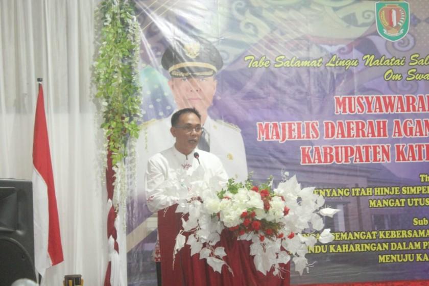 Wabup Sunardi NT.Litang Membuka secara resmi kegiatan Musda IV MDAHK, di Aula Losmen Citra Katingan Kasongan Jumat (15/11/2019) malam.