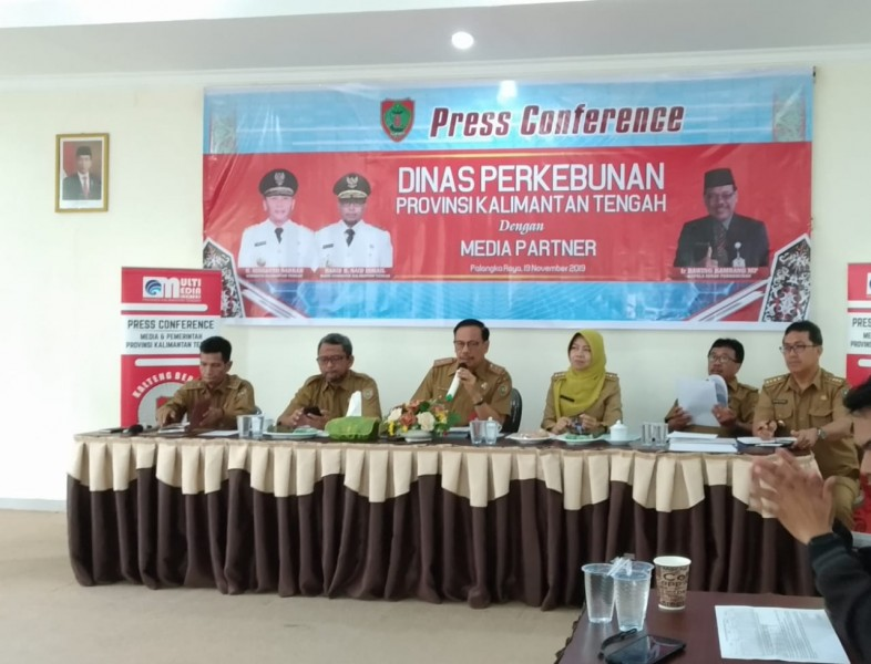 Jumpa pers yang digelar oleh Disbun Kalteng pada Selasa (19/11/2019).