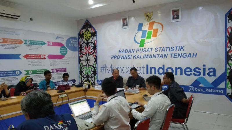 Suasana jumpa pers yang digelar di BPS Provinsi Kalteng pada Senin (2/12/2019).