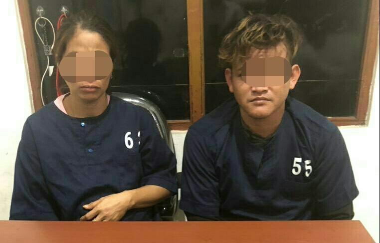 Dua pelaku saat diamankan di Mapolres Kotim Selasa (3/12/2019).