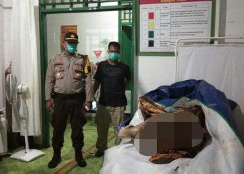 Jasad korban saat dievakuasi ke rumah sakit Sabtu (7/12/2019) malam.