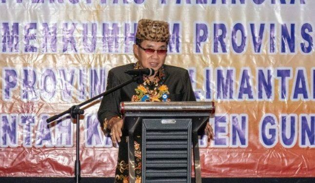 Rektor UPR Andrie Elia saat memberikan sambutannya.