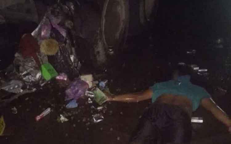 IST - Korban saat tergeletak dilokasi kejadian Rabu (18/12/2019) malam.