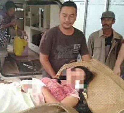 Korban saat dievakuasi ke RSUD Kuala Kapuas Jumat (24/1/2020).