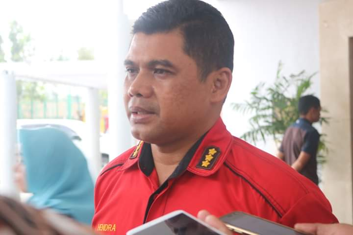 Kabid Humas Polda Kalteng Kombes Pol Hendra Rochmawan saat memberikan keteragan kepada awak media, Senin (17/2).