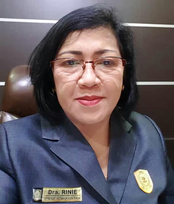 Ketua DPRD Kotim Rinie.