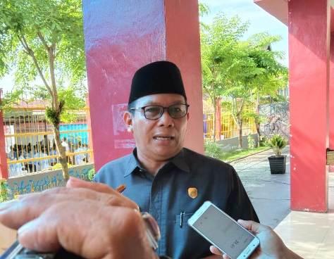 Wakil Ketua II DPRD Kobar Bambang Suherman saat memberikan keterangan kepada awak media, Selasa (11/2/2020).