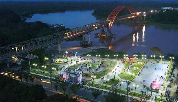 IST - Taman Pasuk Kameluh salah satu objek wisata Kota Palangka Raya yang banyak dikunjungi warga.