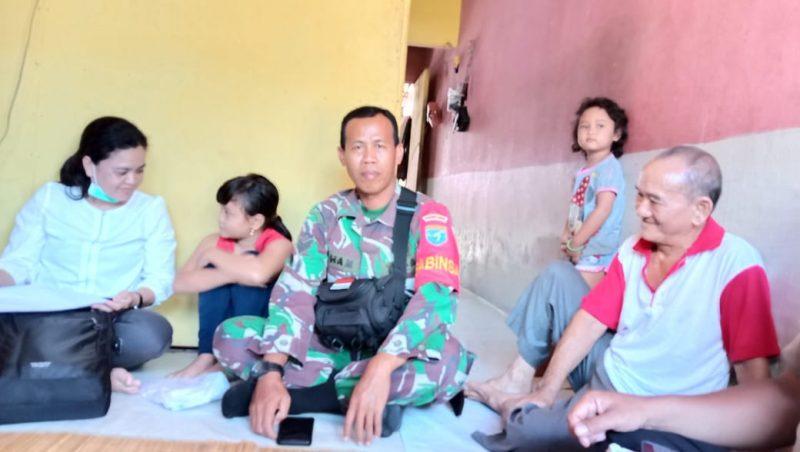 MS (10) murid Sekolah Dasar yang sempat dibawa om-om sudah berkumpul dengan keluarganya. Foto : am