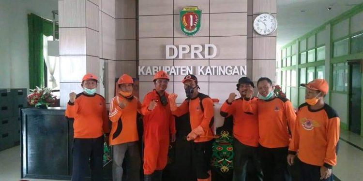 BPBD Kabupaten Katingan usai melakukan penyemprotan, Rabu (25/3/2020). Foto : MI