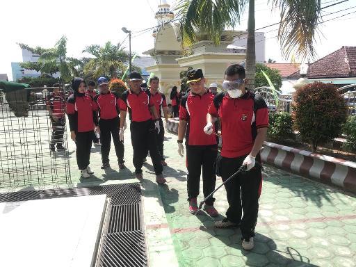Kapolres Katingan, AKBP Andry Siswan Ansyah SIK saat memimpin kegiatan Bakti Sosial Minggu (15/3).