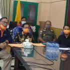 Bupati Katingan, Sakariyas Didampingi Wakil Bupati Katingan, Sunardi NT.Litang saat telekonfrens, jumat (3/4/2020). Foto : MI