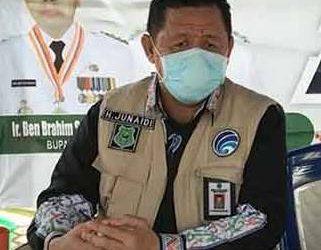Jubir Gugus Tugas Kapuas H Junaidi saat memberikan keterangan resmi Selasa (5/5).